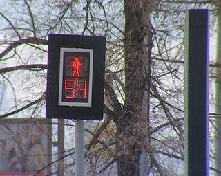 В Томске мальчик попал под машину, когда перебегал дорогу на красный свет