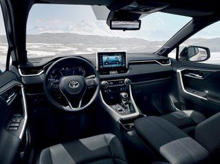 Фото: салон Toyota RAV4 2019 года, источник: Toyota