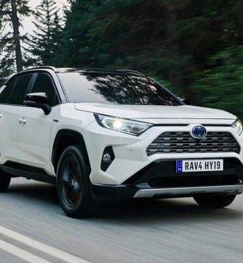 «Это уже Жигули»: Toyota RAV4 российской сборки раскритиковали автолюбители