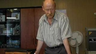 Проскурин страдал алкогольной зависимостью, а умер от болезни легких. Источник: https://www.domkino.tv/