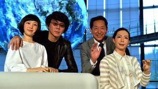 В Японии презентовали первого в мире робота – диктора новостей