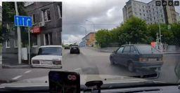 Житель Красноярска заснял автохама на регистратор