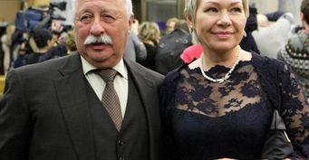 В 75 начало новой жизни: Якубович награни развода стретьей женой Мариной