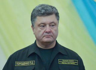 В Мариуполе пьяный Порошенко выступил с речью. Видео
