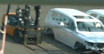 Свежие шпионские фото Land Cruiser 300: Серийный кузов ишасси