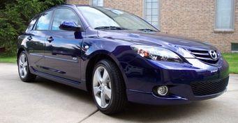 Стоит ли брать: О подержанном Mazda 3 откровенно рассказал блогер