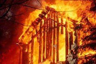 В Могилевской области ;енщина сожгла 3-х мужчин вместе с домом