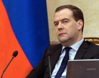 Крым: Медведев прибыл с целью обсуждения вопросов развития республики и Севастополя