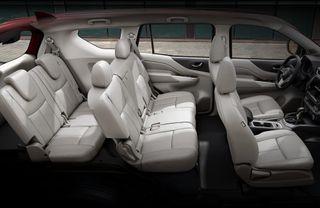 Загрузить семьёй исумками— скорости небудет. Фото: Nissan