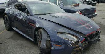 На аукцион выставлен Aston Martin V8 Vantage за 40$ тысяч