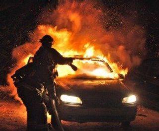В Нижегородской области неизвестные подожгли два автомобиля