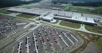 Подписан контракт по строительству в Подмосковье завода Mercedes-Benz