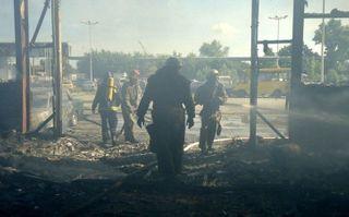 В Ростове-на-Дону потушили пожар на складе пиломатериалов