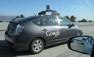 В Калифорнии Google, Mercedes и Audi разрешили тестировать беспилотные авто