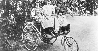 Специалисты воссоздали первую в мире поездку на авто