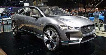Половина моделей Jaguar Land Rover к 2020 году станут электрическими и гибридными