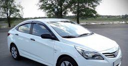 В сети рассказали, как скрутить пробег Hyundai Solaris с помощью безделушки с AliExpress