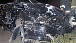 В тройном ДТП в Екатеринбурге из машины вылетел 2-летний ребёнок