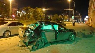 В Барнауле на проспекте Ленина столкнулись две иномарки