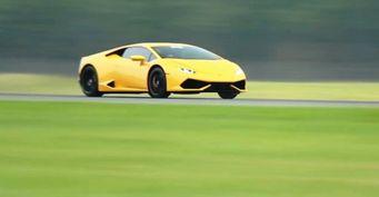 Появилось видео разгона Lamborghini Huracan до 400 км/ч