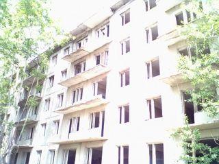 Житель Иркутска выбросил сожительницу с пятого этажа в ходе ссоры