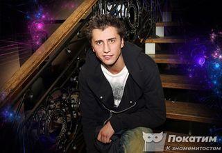 Актер Павел Прилучный. Фото издательства Pokatim.ru