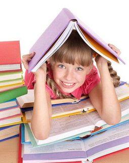 Ученые: успеваемость девочек в школе лучше, чем у мальчиков