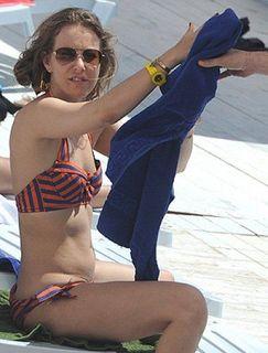Ксения Собчак рассказала, как получить идеально ровный загар