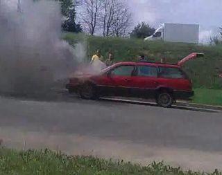 На окраине Барановичей сгорел Volkswagen