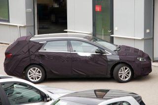 «Hyundai» тестирует новый автомобиль «i40 Wagon»