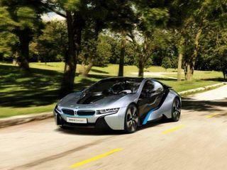 Продажи гибридного спорткара BMW i8 стартуют в июне 2014 года