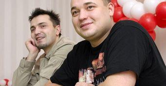 Другая сторона славы «Руки вверх!»: Почему Сергей Жуков иАлексей Потехин несмогли расстаться друзьями