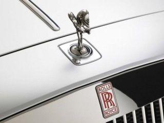Rolls-Royce выпустит первую гибридную модель в 2017 году