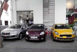 В интернете появились снимки обновленных Fiat Punto и Hyundai i30