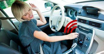 Рок отвлекает, классика замедляет: ученые рассказали, как музыка влияет на безопасность вождение