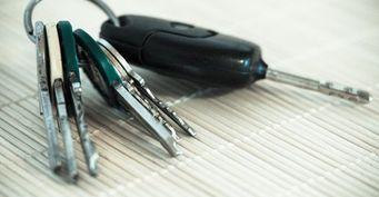 Стало известно, как открыть Renault Duster практически голыми руками