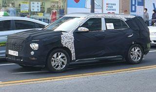 7-местная Hyundai Creta натестах, фото: GaadiWaadi