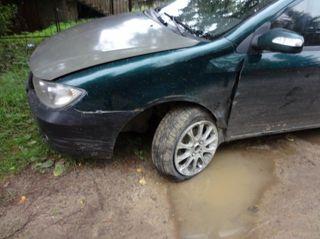 Водитель Lifan Solano протаранил полицейскую машину в Красноярске