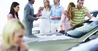 Как выбрать автосалон для покупки понравившейся машины