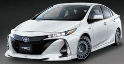TRD и Modellista поработали над гибридом Toyota Prius
