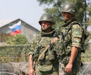 Путин принял решение отозвать часть войск от границы с Украиной