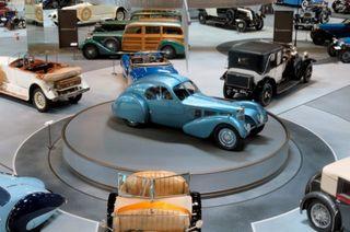 Ежегодная выставка «Мир автомобиля 2015»
