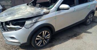 «Авто сгорело находу»: Обопасном «косяке» LADA Vesta предупреждают владельцы