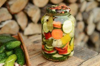 Овощное ассорти назиму. Красиво ивкусно | Фото: мояоколица.рф