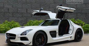 Спорткар Mercedes-Benz SLS AMG Black Series 2013 года оценен в 389 995 евро