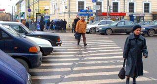 В Петербурге на Партизана Германа водитель сбил на переходе пешехода