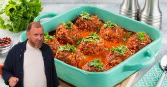 Любимое блюдо вСССР: Шеф Ивлев поделился рецептом «фаршированных» тефтелей втоматном соусе