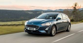Автоблогер рассказал, какое авто лучше: Skoda Octavia A7 против Ford Focus