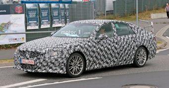 В сети появились шпионские снимки обновленного седана Lexus GS