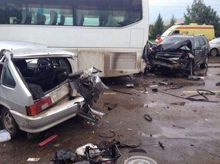 В Татарстане в крупной аварии серьезно пострадал ребенок